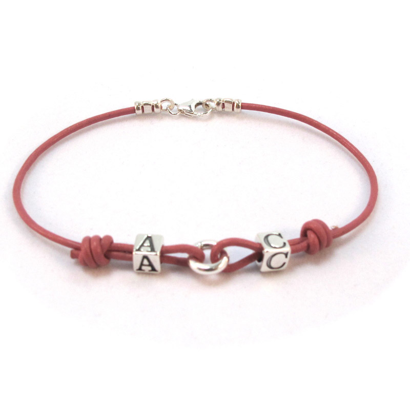 personalised leather bracelet design and